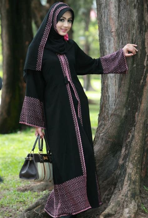 Simple Hijab Dress Designs