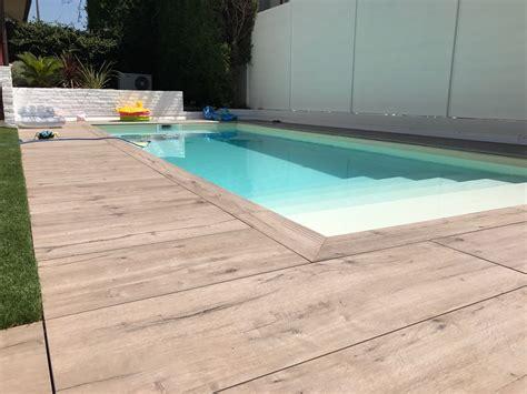 pavimento bordo piscina bordo piscina in gres effetto legno ceramiche zanibellato