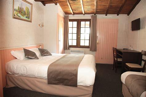 chambre 3 personnes hotel avec chambre 3 personnes puy du fou vend 233 e