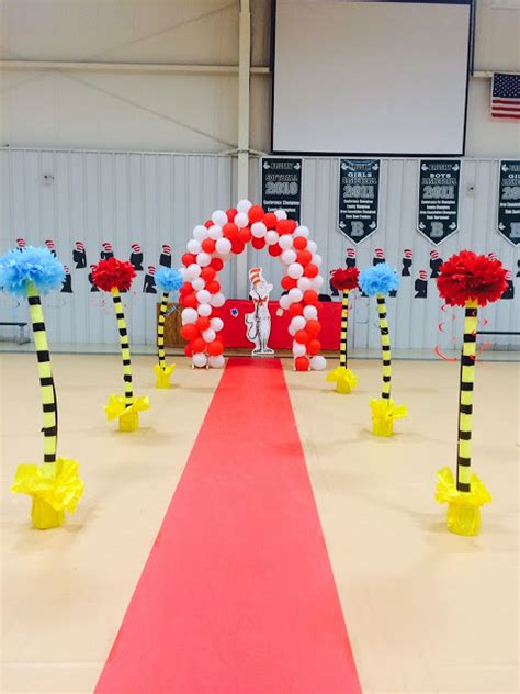themes for kindergarten graduation dr seuss kindergarten graduation e n d of y e a r