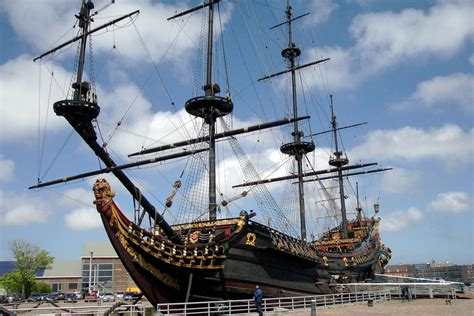 scheepvaartmuseum schip file prins willem replica voc schip jpg wikimedia commons