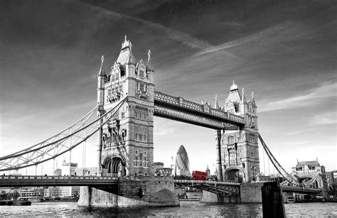 Black and White Tower Bridge Mural   MuralsWallpaper.co.uk
