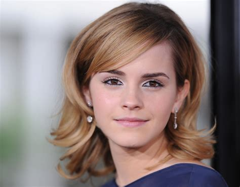 emma watson biography deutsch emma watson in quot the tale of despereaux quot world premiere 9