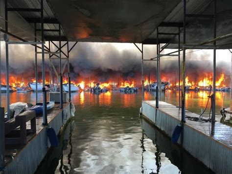 tow boat us lake texoma pressure drop lake texoma fire devours boats