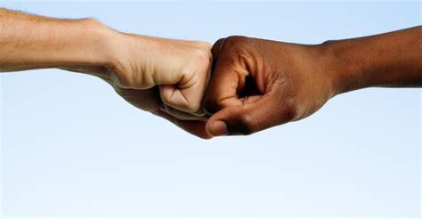 un racisme imaginaire la 2246857570 pour une majorit 233 de fran 231 ais le racisme a augment 233 depuis 30 ans