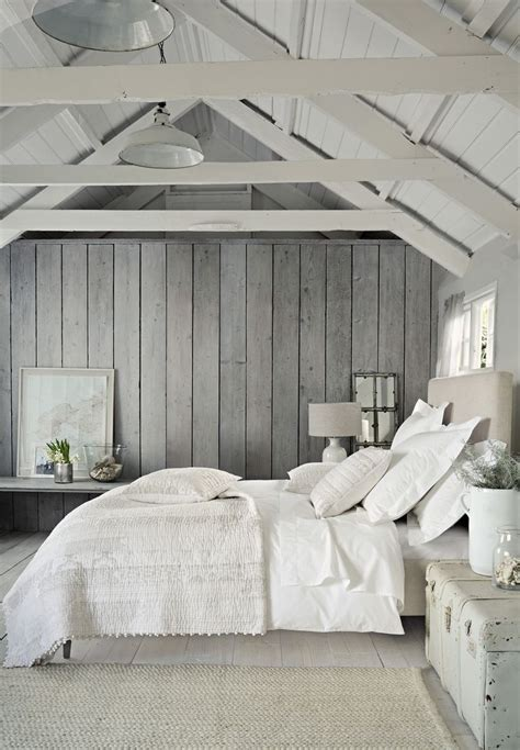 grey and white bedroom wallpaper the 25 best vaulted ceiling bedroom ideas on pinterest