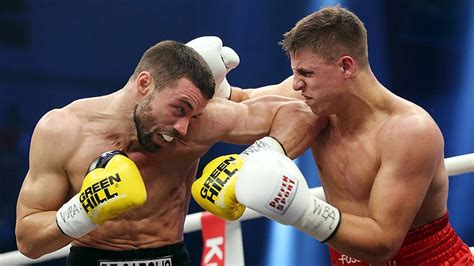 tony hale wba zeuge stops de carolis to win wba world title world