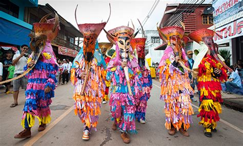 parade ta the lowdown on lovely loei the emerald of northeastern