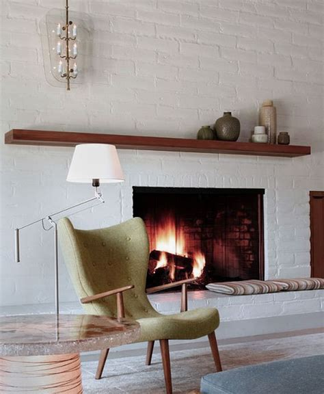 White Wall Fireplace by White Brick Fireplace Decorating Ideas