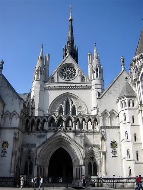 royal courts  justice wikimedia commons