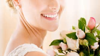 Here's How to Whiten Your Teeth Before The Wedding