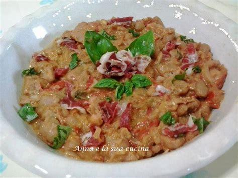 cucinare la pancetta fagioli in padella con pancetta e la sua cucina