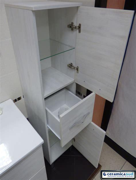 mobili bagno bassi offerta mobile bagno sospeso 100 cm in rovere chiaro ai