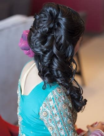 hairstyles for medium curly hair indian 25 best indian hairstyles for medium length hair styles
