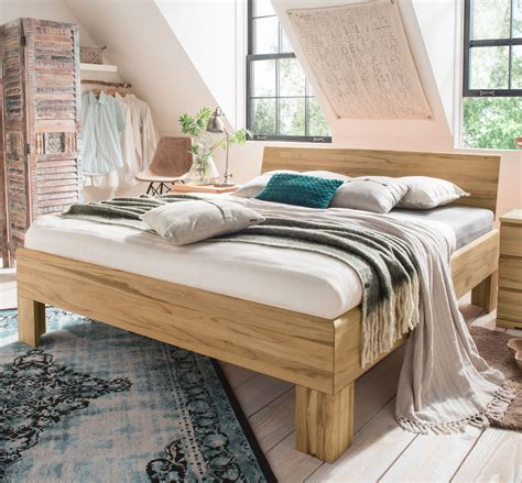 hohe matratzen massivholzbett stabverleimt f 252 r sehr hohe matratzen murau