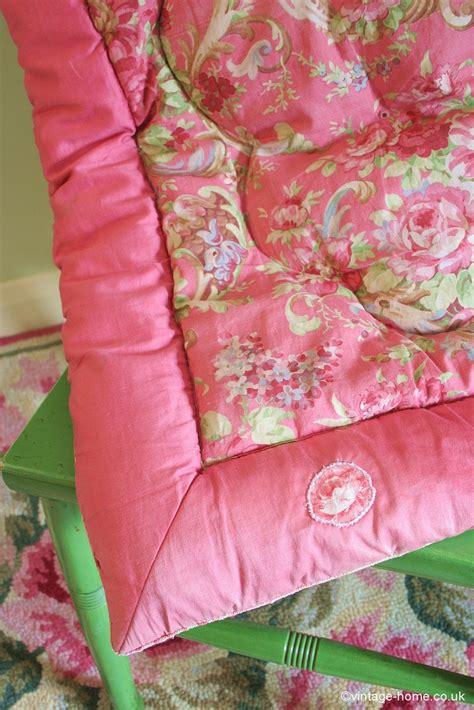 Eiderdown Quilt Uk by 115 Best Images About Eiderdowns Quilts On