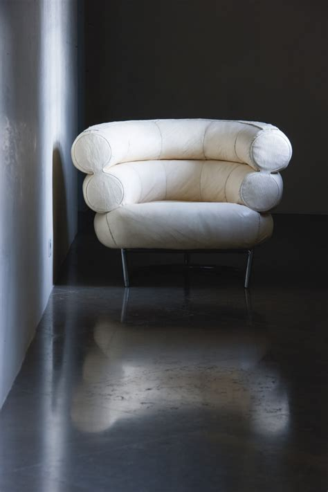 eileen gray armchair eileen gray at christie s sale of the gourdon collection in paris