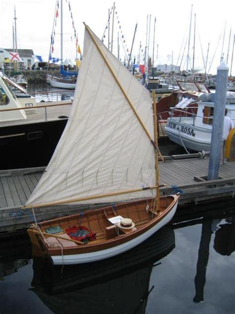 catamaran trip definition best 25 sailboat plans ideas on pinterest sailing boat