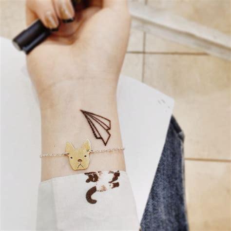 tattoo wrist airplane nice airplane tattoo on wrist tattoomagz
