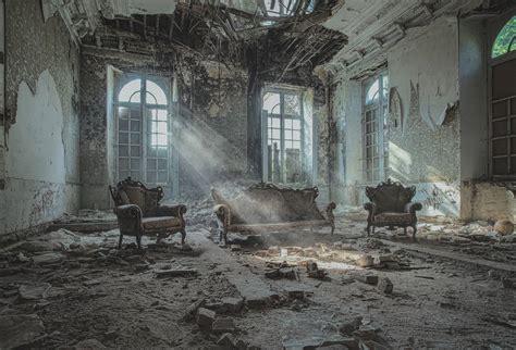 forgotten places romantic abandoned places fubiz media