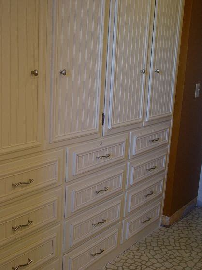 Wainscoting Cabinets by Wainscoting Tutorial The O Jays Wainscoting And