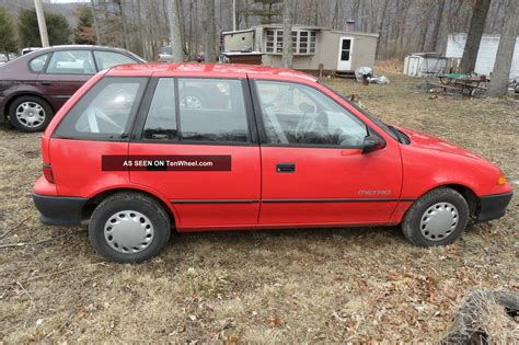 car manuals free online 1992 geo metro parking system service manual 1992 geo metro blend door repair 1992 geo metro lsi convertible 2 door red