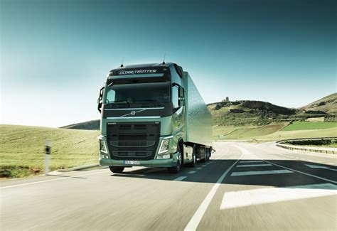 volvo heavy truck volvo on track to become largest heavy truck maker