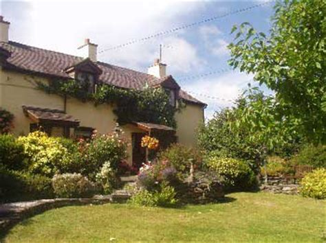 Country Cottages In Wales by Self Catering Cottages Near A Pub