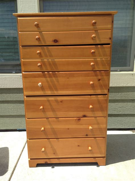 Dresser Vs Chest Of Drawers by Chest Of Drawers Vs Dresser Homesfeed