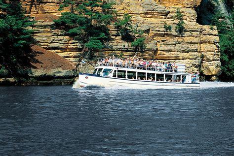 wisconsin dells boat attraction highlight dells boat tours dells blog