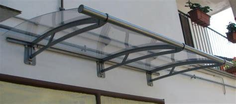 tettoia in plexiglass pensilina tettoia