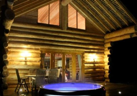Log Cabin Wedding Venues by Luxury Log Cabins And A Unique Venue For Your Wedding In