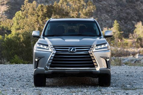 lexus 570 car 2016 2016 lexus lx 570 and gs 200t debut