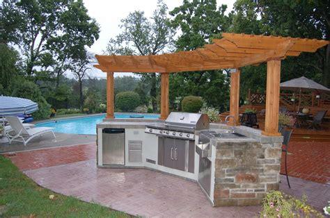 Outdoor Kitchen Backsplash Ideas l shaped outdoor kitchen ideas light brown tile backsplash