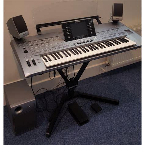 Keyboard Yamaha Tyros 5 yamaha tyros 5 61 key keyboard and ms05 speaker ex display