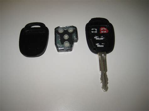 toyota car key battery 2014 2018 toyota corolla key fob battery replacement guide 007