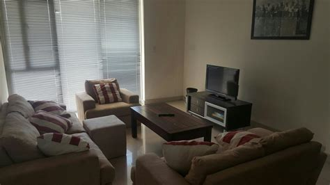 room to rent in claremont 2 bedroom apartment to rent claremont cape town rbl1309043 pam golding properties