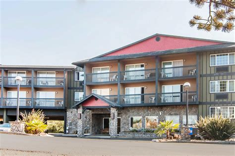 comfort inn suites lincoln city comfort inn suites coupons lincoln city or near me