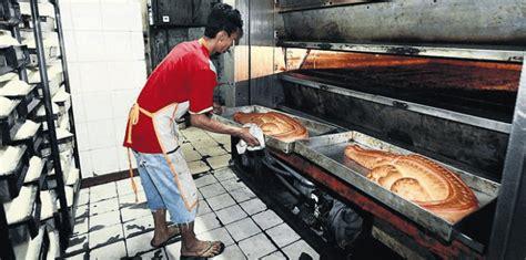 Jual Keranjang Di Cikini jual roti buaya pesan roti buaya call 081290432012