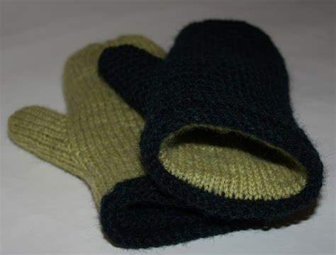 lined mittens knitting pattern you to see lined mittens by amanda lilley