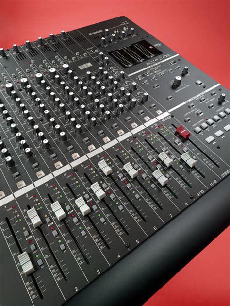 Mixer Yamaha N12 yamaha n12