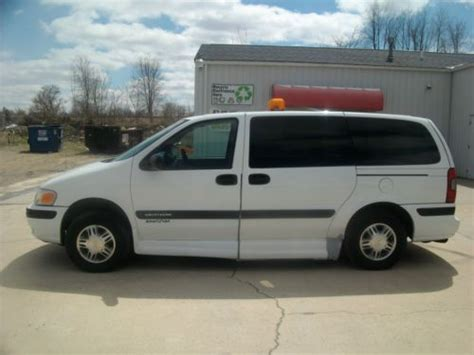 how things work cars 2005 chevrolet venture free book repair manuals sell used 2005 chevrolet venture wheelchair van in plymouth indiana united states