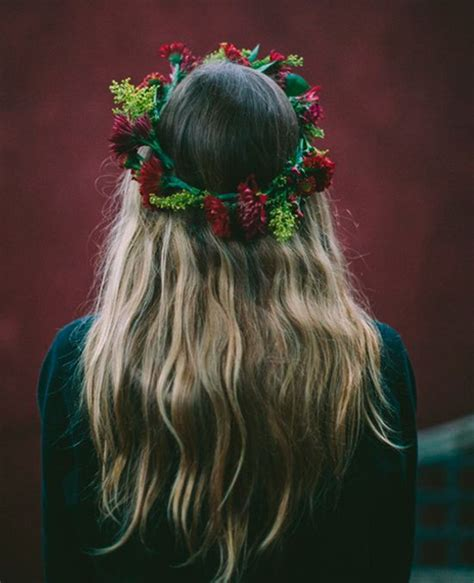 hair with fullness at crown flower crown with blonde long hair full dose