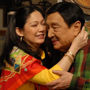 Dolphy marks birthday with Maricel Soriano on Pidol?s