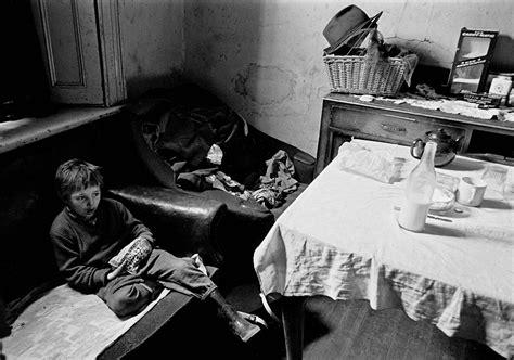 living room newcastle photos of slum and squalor in newcastle 1969 72 flashbak