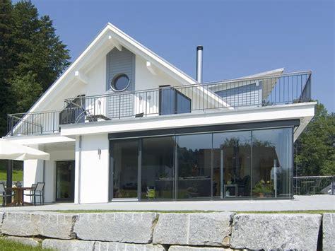 haus haus einfamilienhaus mit hanglage weberhaus