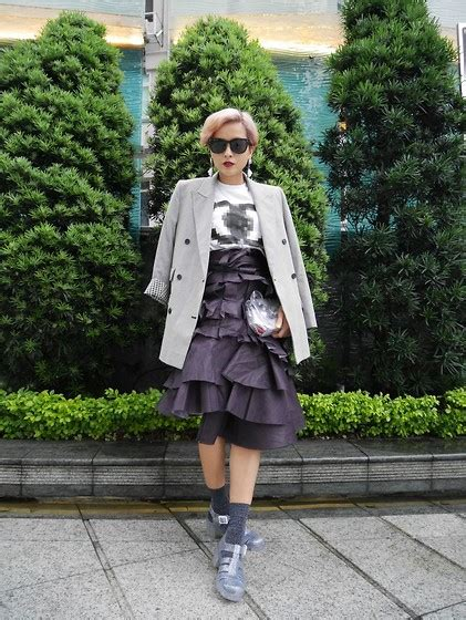 Yuko White Top yuko moussy top zara shorts shoes lost in a fairytale lookbook