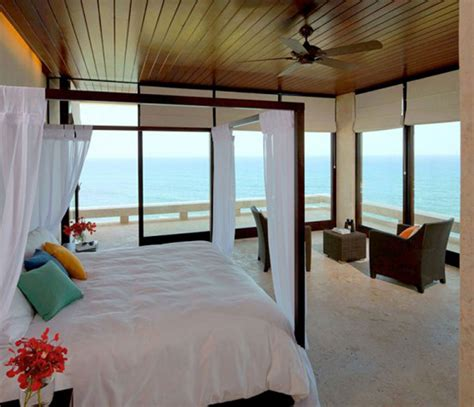 interior design small modern beach house bedroom design