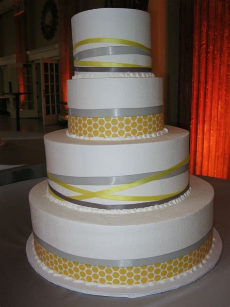 yellow bakery 47 best images about weekly wedding favorites on fondant wedding cakes