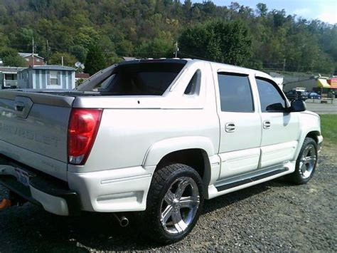 how to fix cars 2006 chevrolet avalanche 1500 regenerative braking find used 2006 chevrolet avalanche 1500 lt crew cab pickup 4 door 5 3l lx ultimate pkg in